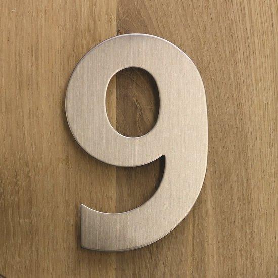 RVS huisnummer 9